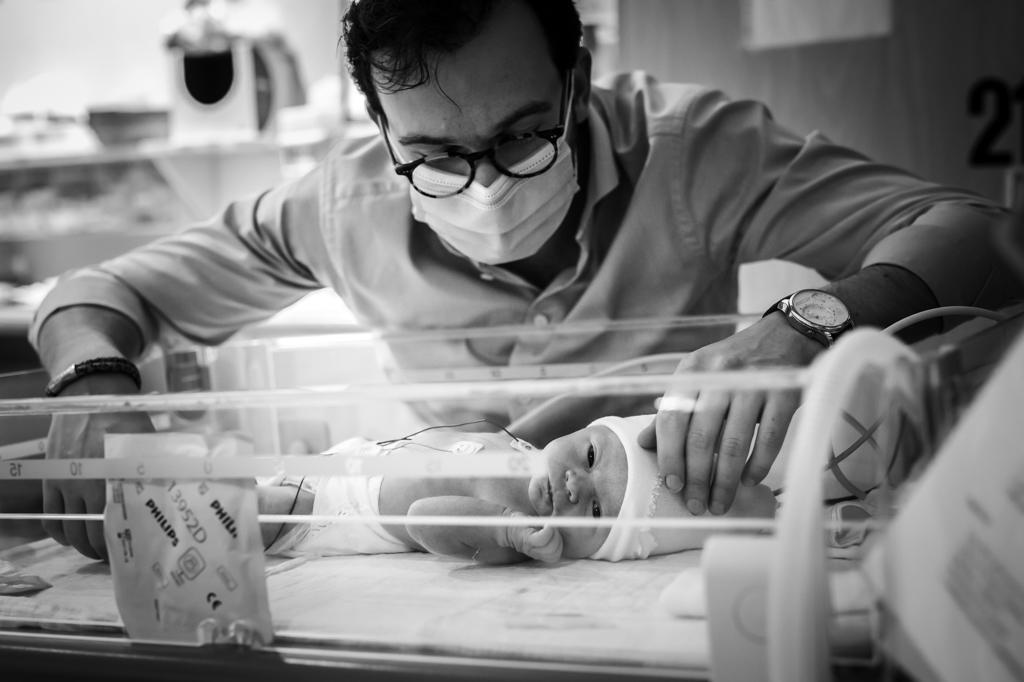 geboortefotograaf-geboortereportage-geboortefotografie-Roermon-Teun-pure-life-geboortefotografie-roermond-pure-life-geboortefotografie