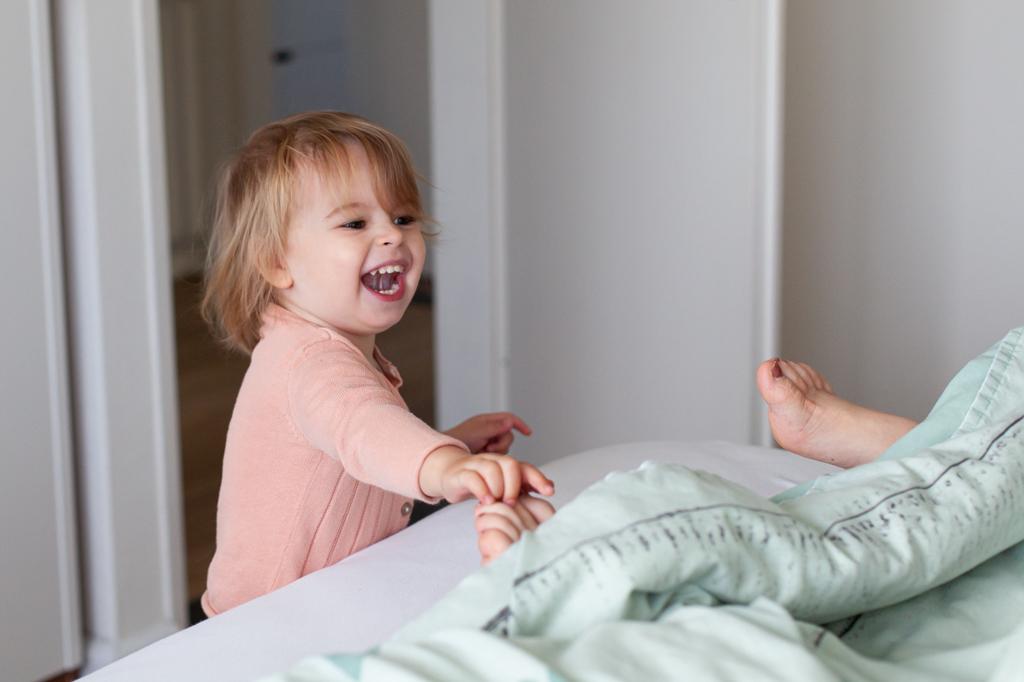 kraamreportage-geboortereportage-bevalling-geboortefotograaf-voerendaal-pure-life-geboortefotografie