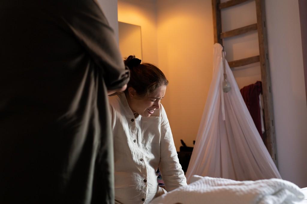 thuisbevalling-geboortefotograaf-pure-life-geboortefotografie-mirjam-cremer