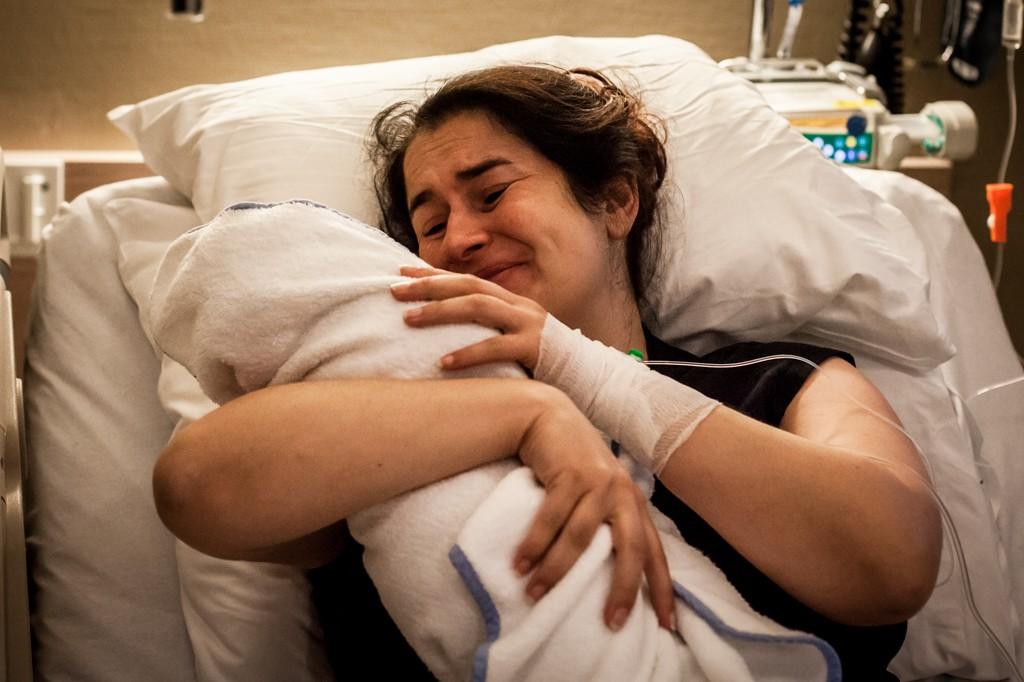 geboortereportage-geboortefotografie-Pure-Life-Geboortefotografie-Mirjam-Cremer-bevallingsfotograaf
