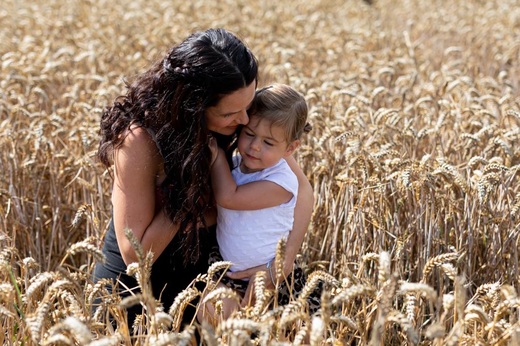 zwangerschapsreportage-zwangerschapsfotograaf-zwangerschapsshoot-pure-life-geboortefotografie