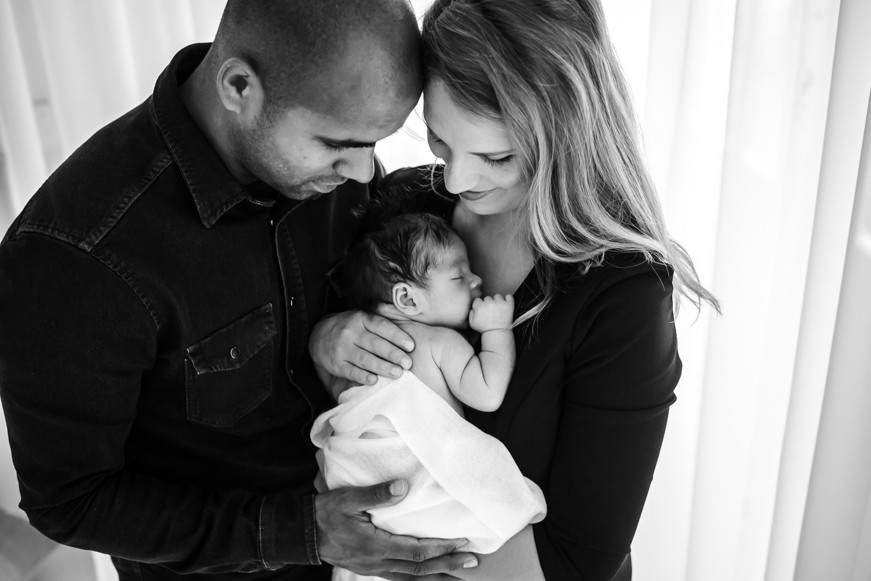 newbornfotograaf-pure-life-geboortefotografie-newbornfotograaf-limburg