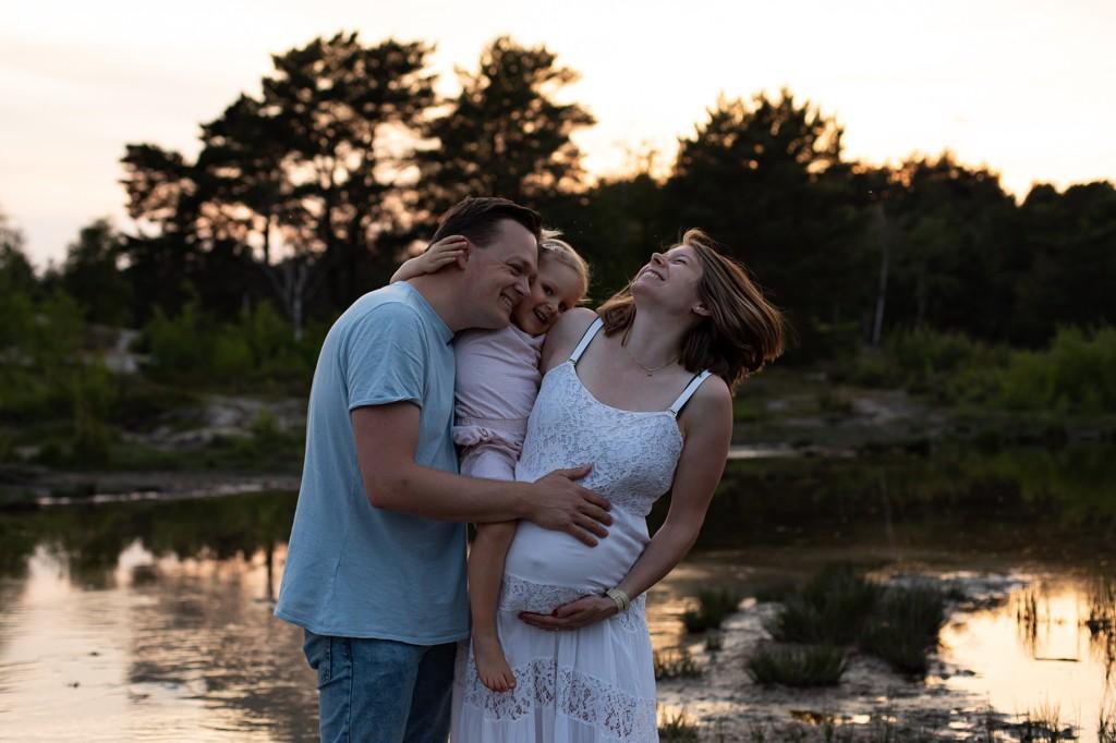 fotostudio-zwangerschapsreportage-zwangerschapsshoot-foto's-van-je-zwangerschap-pure-life-geboortefotografie-Mirjam-Cremer